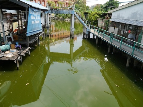A typical khlong.